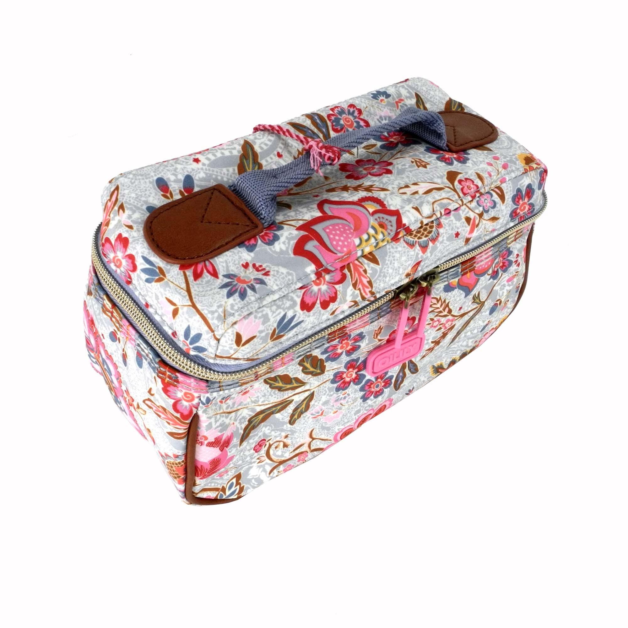 oilily kosmetiktasche m beauty case summer blossom sky hellblau ebay. Black Bedroom Furniture Sets. Home Design Ideas