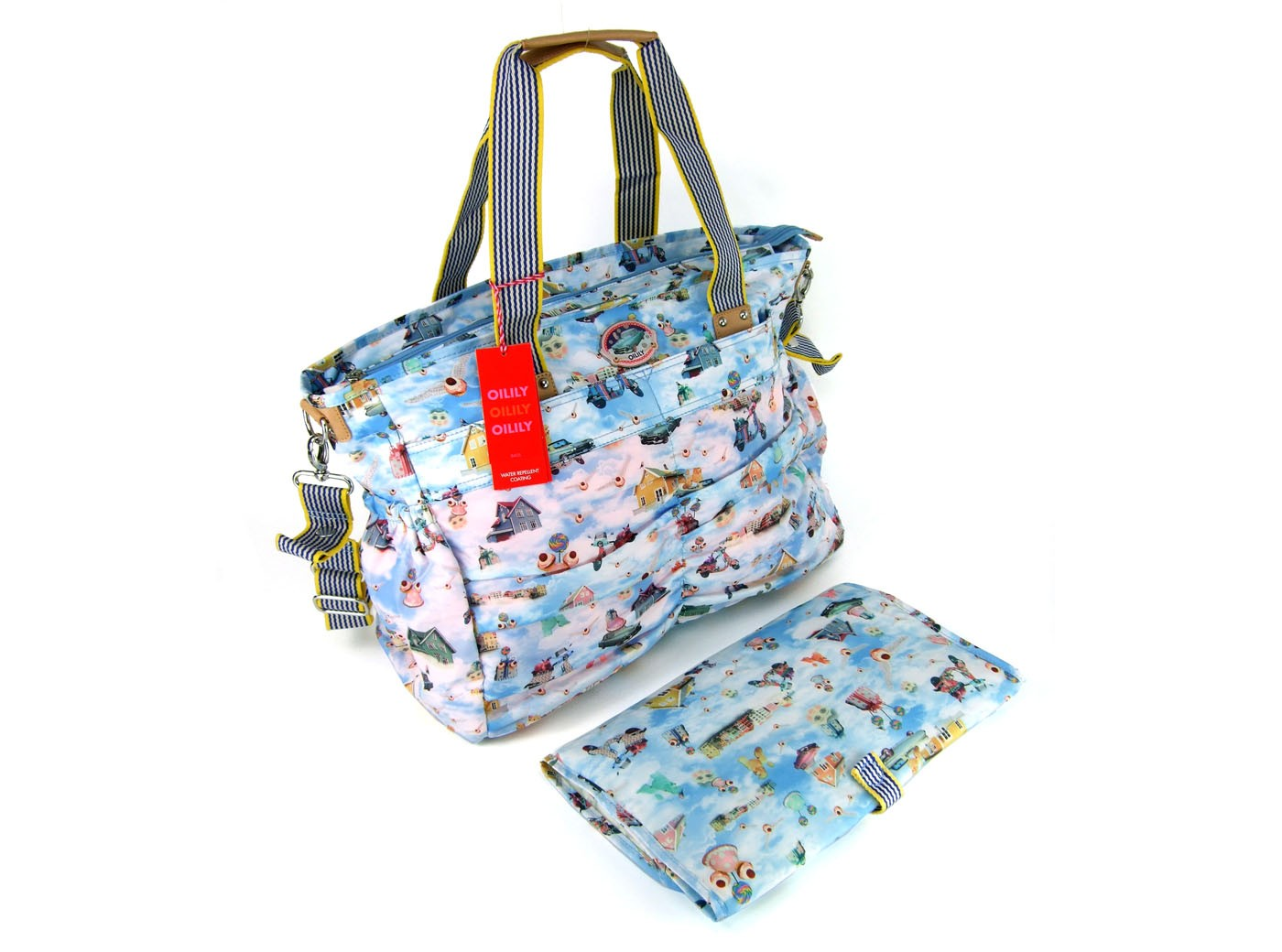 oilily wickeltasche diaper bag clouds hellblau oilily. Black Bedroom Furniture Sets. Home Design Ideas