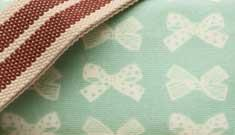 Pink Lining Cream Bows on Peppermint